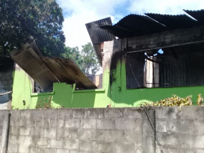 Family whose house  got burnt