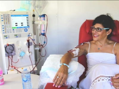 Mother in need of dialysis